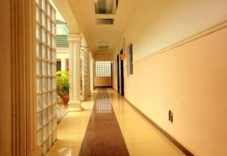 Vagosh Hotel & Resorts, Minna, Lobby