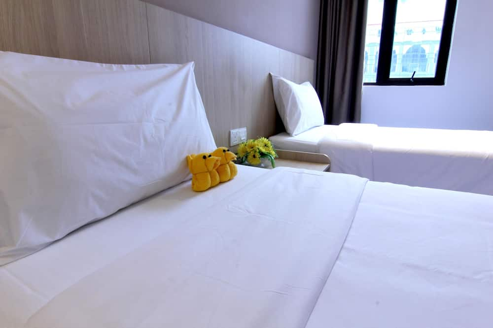Superior Twin - Guest Room