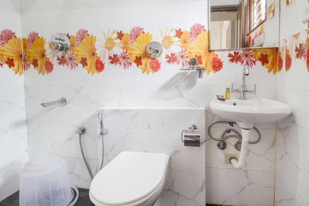 Dvojlôžková izba typu Deluxe, 1 dvojlôžko, nefajčiarska izba - Kúpeľňa