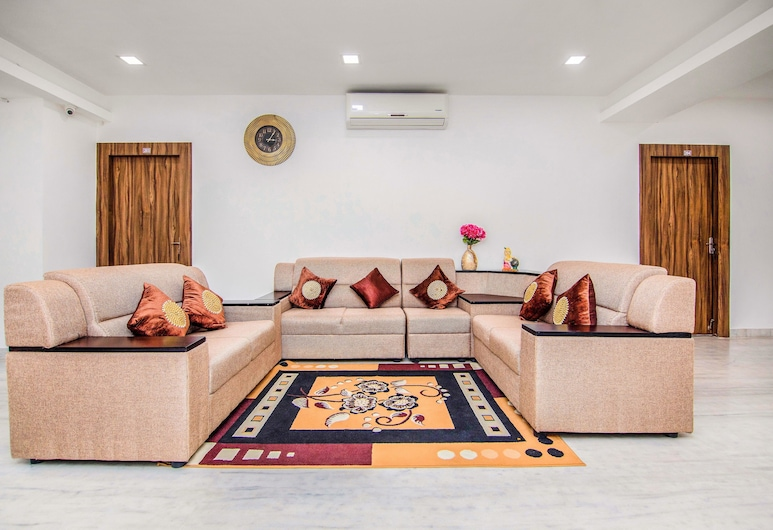 FabHotel Venkeys Service Apartment, Chennai, Deluxe Room, 1 Double Bed, Non Smoking, Living Area