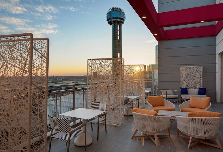 Courtyard by Marriott Dallas Downtown/Reunion District, Dallas, Terras