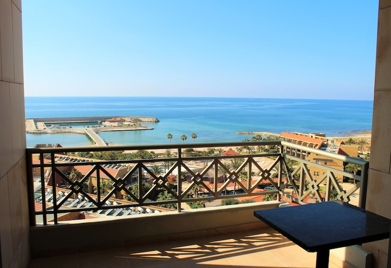 Jiyeh Marina Resort Hotel & Chalets, Jiyeh, Deluxe Double or Twin Room, Mountain View, Balcony