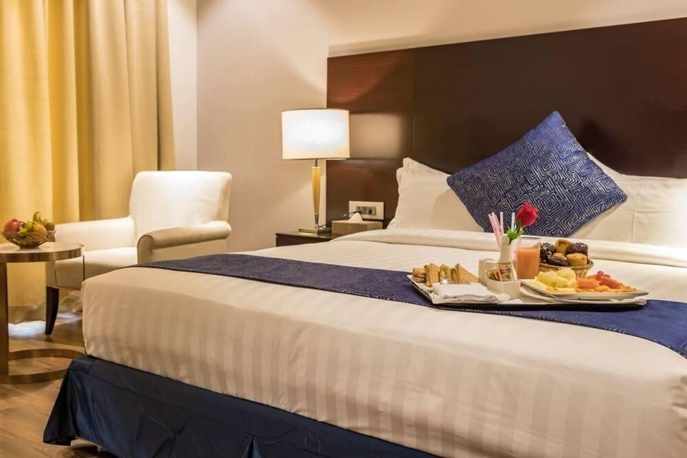 ห้องดีลักซ์ดับเบิลหรือทวิน, เตียงเดี่ยว 1 เตียง, พร้อมสิ่งอำนวยความสะดวกสำหรับผู้พิการ - บริการอาหารในห้องพัก