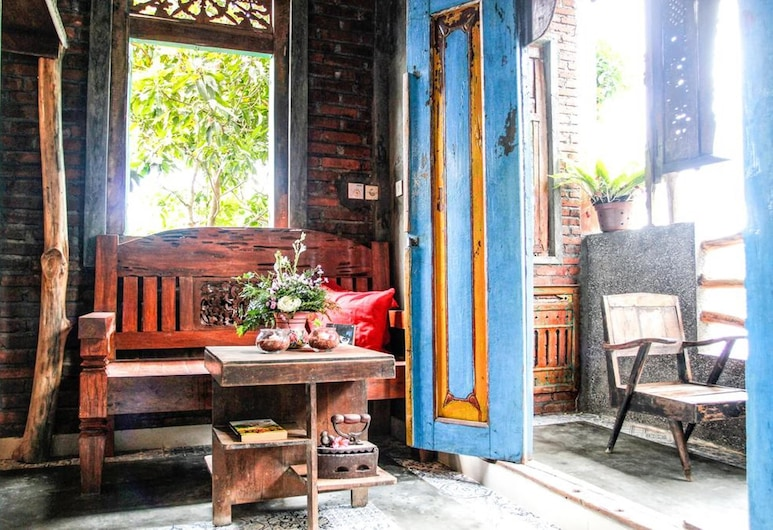 Bunga Desa Homestay Jimbaran, Nusa Dua, Lobby Sitting Area