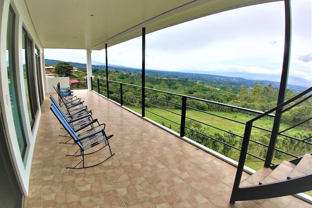 Mieszkanie Panoramic, Wiele łóżek, dla niepalących, widok na góry - Balkon