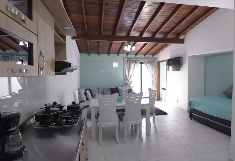 Casa Margarita Apartamentos, Medellin, Family Apartment, 2 Bedrooms, Living Room