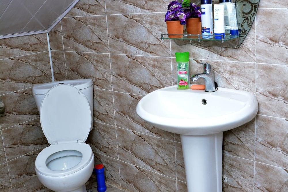 Habitación doble de diseño, baño compartido - Baño