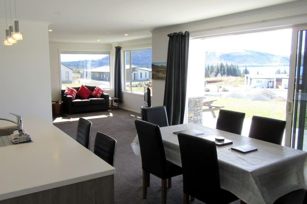 Rumah, 3 kamar tidur, pemandangan danau - Tempat Makan Di Kamar