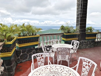 Picture of Balai Garcia Tagaytay: Bed and Breakfast In the Sky in Tagaytay