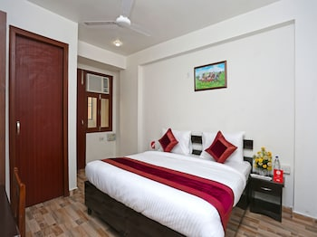 Picture of OYO 14337 Better Wish Residency in New Delhi
