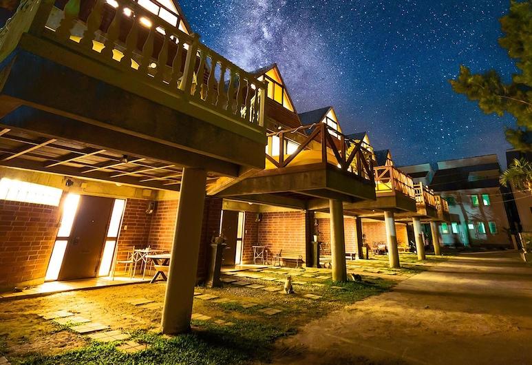 Okinawa starry forest cottage, Onnason
