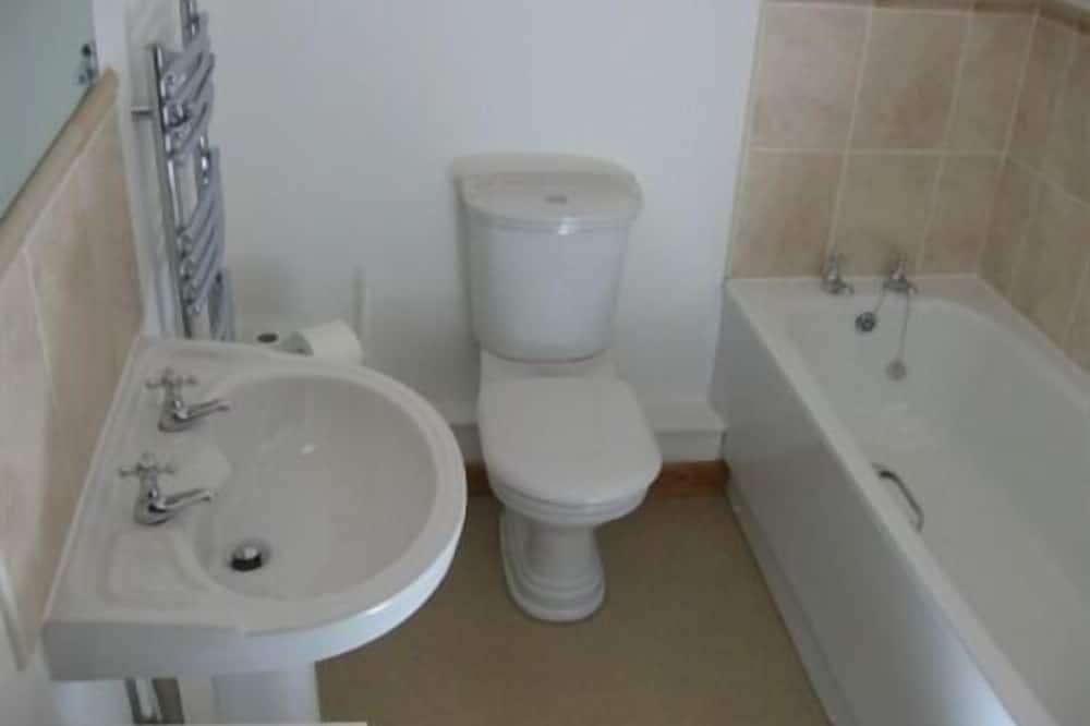 Ferienhaus, Gemeinschaftsbad (The Shippon - Broomedge  ) - Badezimmer