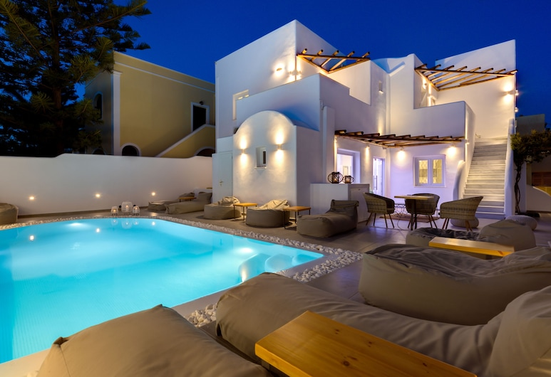 Emerald Collection Suites, Santorini, Pool