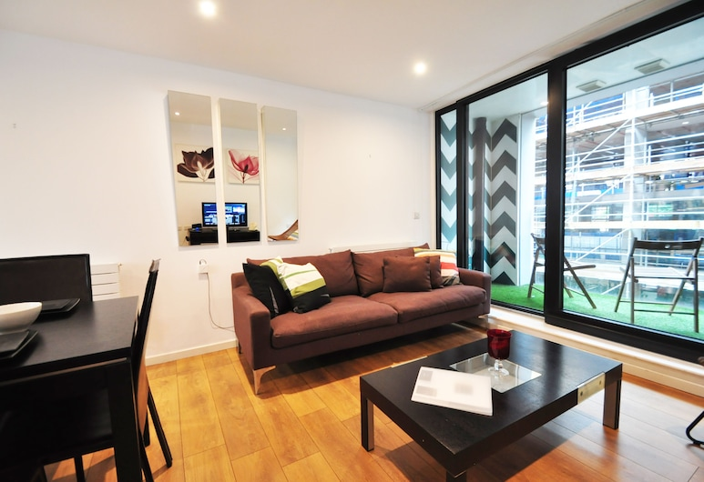 2 Bed Modern Apartment in Old Street FREE WIFI by City Stay, London, Exterior detail