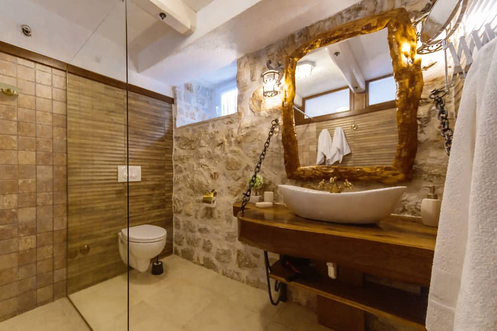 Superior villa, privézwembad - Badkamer