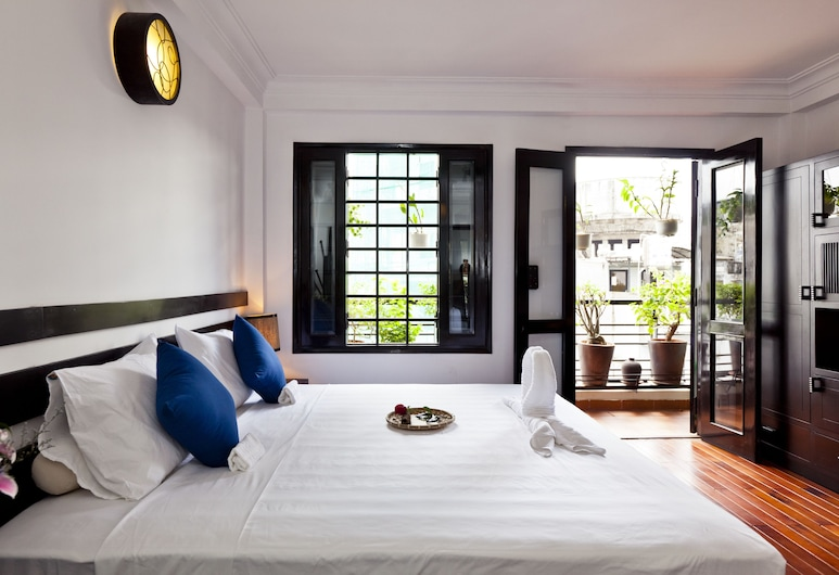 Cinnamon Hotel Saigon, Ho Chi Minh City, Deluxe Double Room, 1 King Bed, Non Smoking, Balcony (King Cinnamon), Guest Room