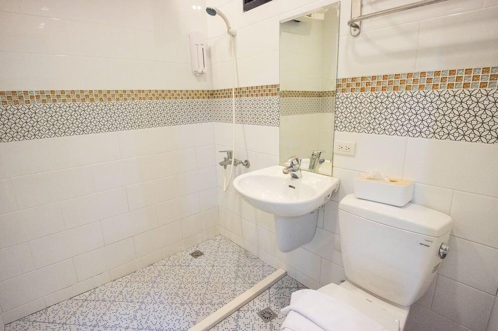 Dormitorio compartido básico, solo para mujeres - Baño