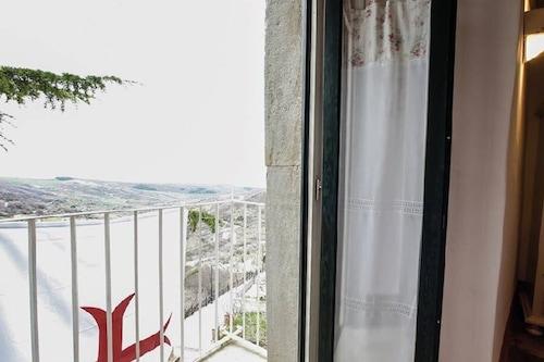 阿爾貝羅納的聖殿騎士酒店/