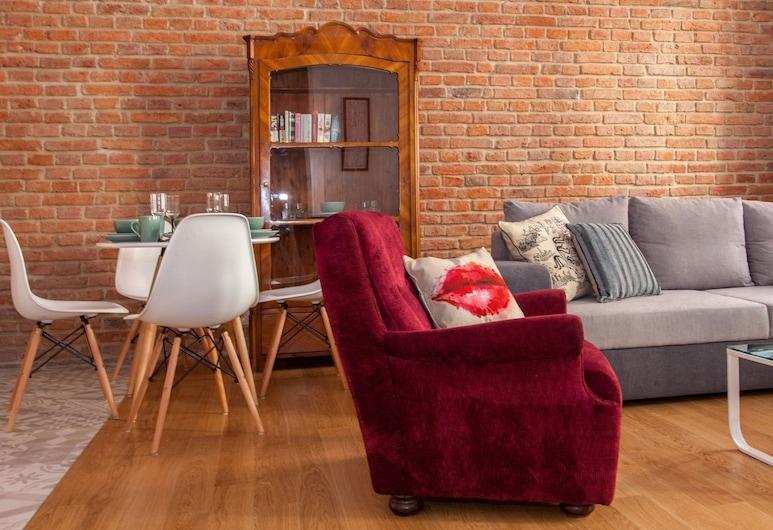 BC7 Apartments, Krakow, Deluxe Apartment (APART 4B), Living Area
