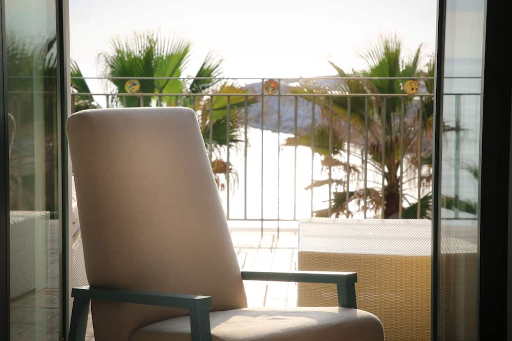 Deluxe Double or Twin Room - Balcony View