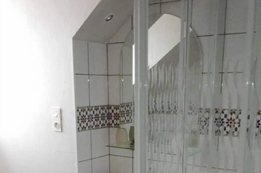 Doppelzimmer (Bourguignonne) - Badezimmer