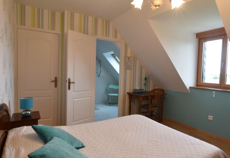 La Rive - Le Mont-Saint-Michel, Pontorson, Szoba kétszemélyes ággyal, fürdőszobával (BLEUET), Vendégszoba