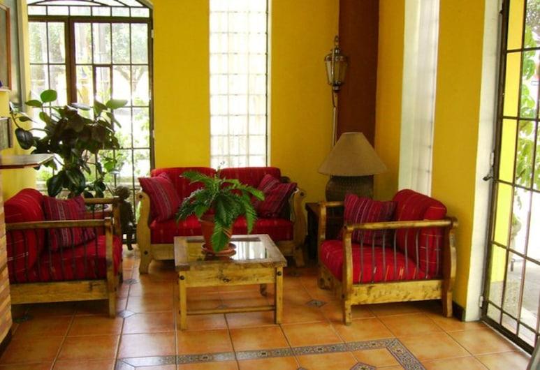 Eco Hotel Los Proceres, Guatemala City, Lobby Sitting Area