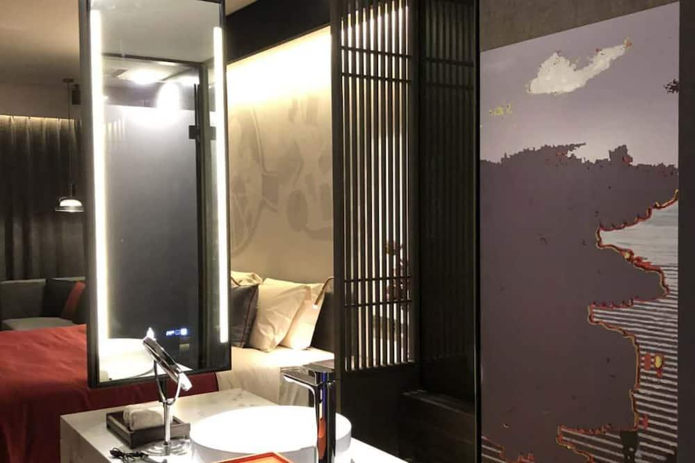 Chambre Double Classique - Lavabo de la salle de bain