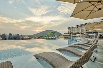 Picture of Shinhwa Jeju Shinhwa World Hotel & Resorts in Seogwipo