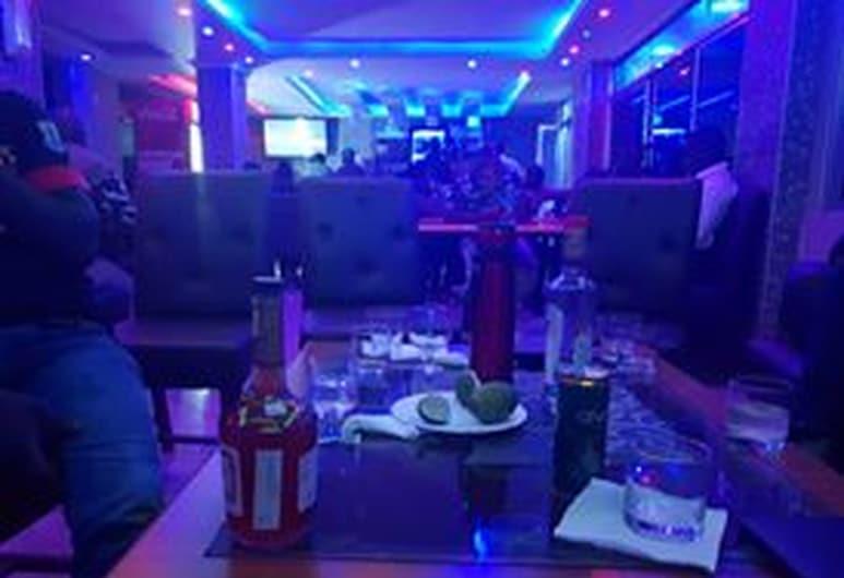 Cannas Hotel, Kisii, Hotelový bar