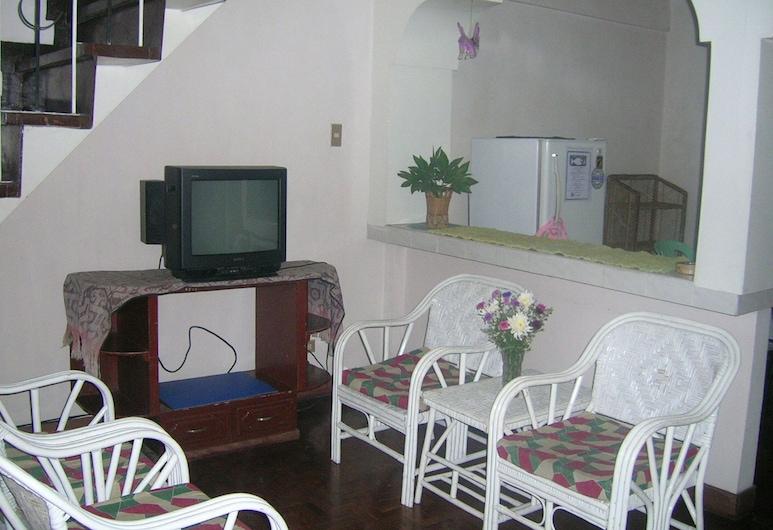 4 BR Unit 1 Jefrell Apartments, Baguio
