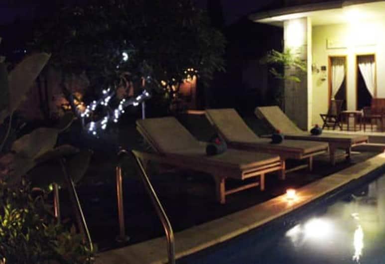 Kim Villa, Seminyak, Villa familiare, 3 camere da letto, piscina privata, Terrazza/Patio