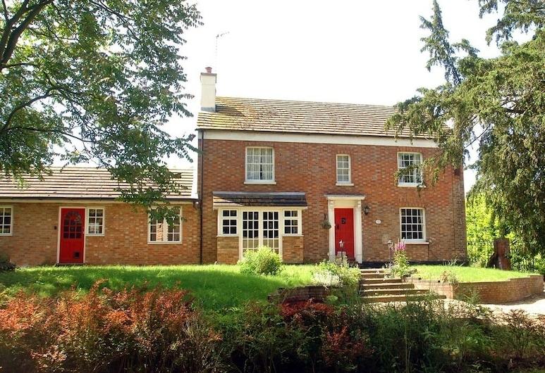 Yew Tree Farm, Milton Keynes