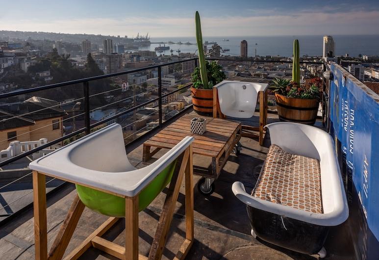 Winebox Valparaiso, Valparaíso, Suite estudio Premium, para no fumadores, baño privado, Terraza o patio
