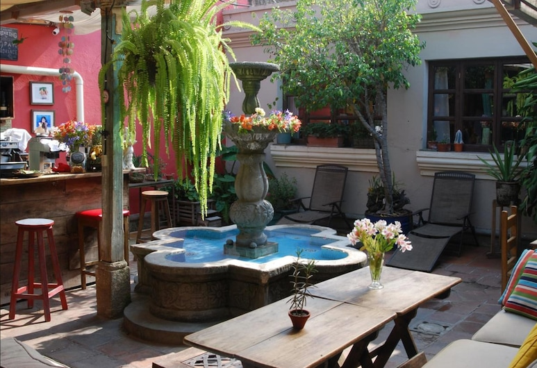 El Hostal BnB Antigua, Antigua Guatemala, Terassi/patio