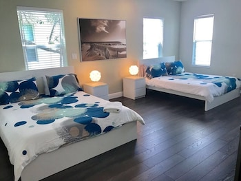 Hình ảnh 4 Bedroom Home by Ideal Experience VR tại Fort Lauderdale