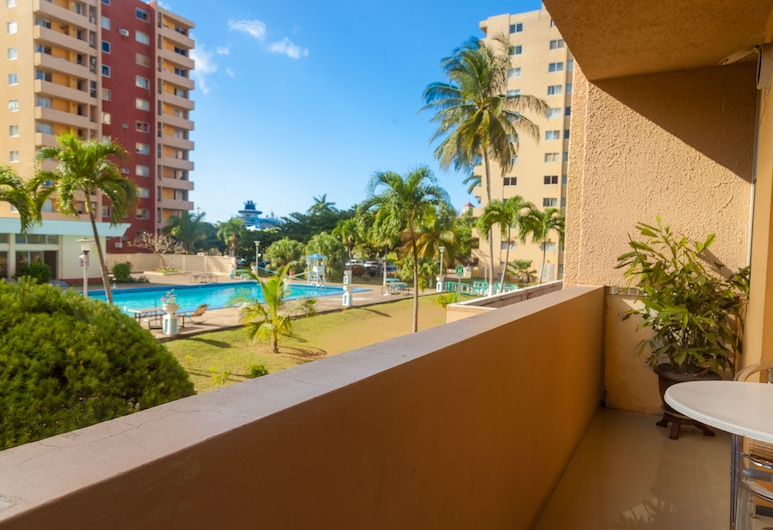 Ocho Rios Vacation - Apartment, Ocho Rios, Kondominium Keluarga, non-smoking, Kolam Renang Luar Ruangan