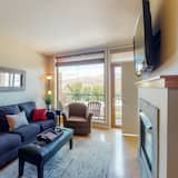 Appart'hôtel, 2 chambres, bain à remous, vue lac (Chelan Resort Suites: Lakeview Hideaw) - Salle de séjour