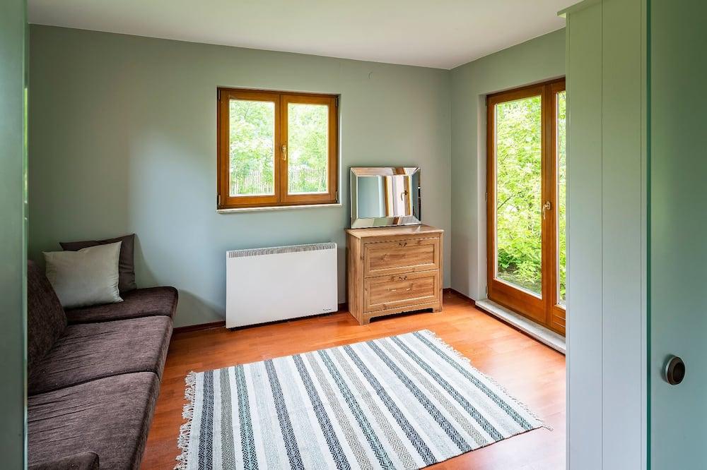平房 - 客廳
