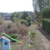 Familien-Suite, Mehrere Betten, Nichtraucher - Blick auf den Garten