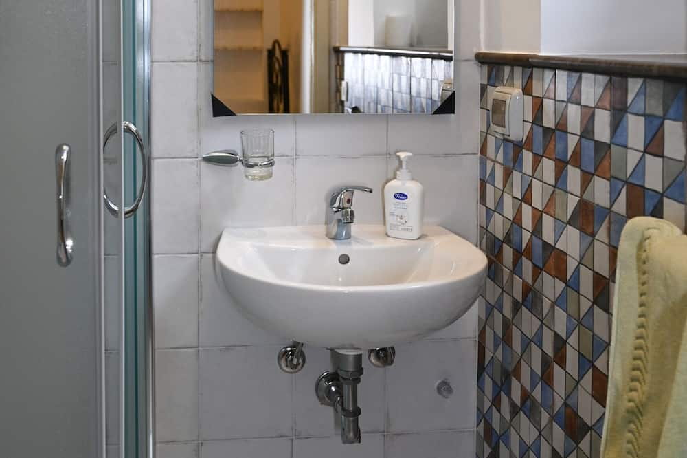 エコノミー シングル ルーム - バスルーム