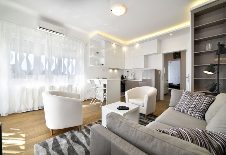 Maja Superior Apartment with Balcony, Zagreb, Apartment, Balcony, Living Area