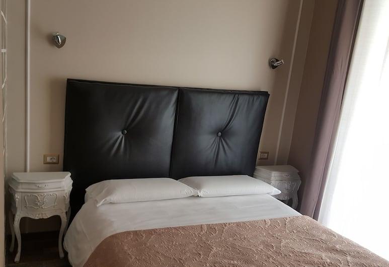 Candia Rooms, רומא, חדר קלאסי זוגי, חדר אורחים