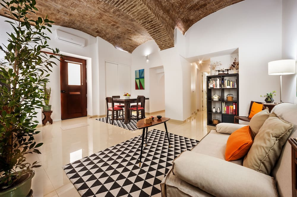Apartment, 1 Bedroom, Non Smoking, Ground Floor - Living Area
