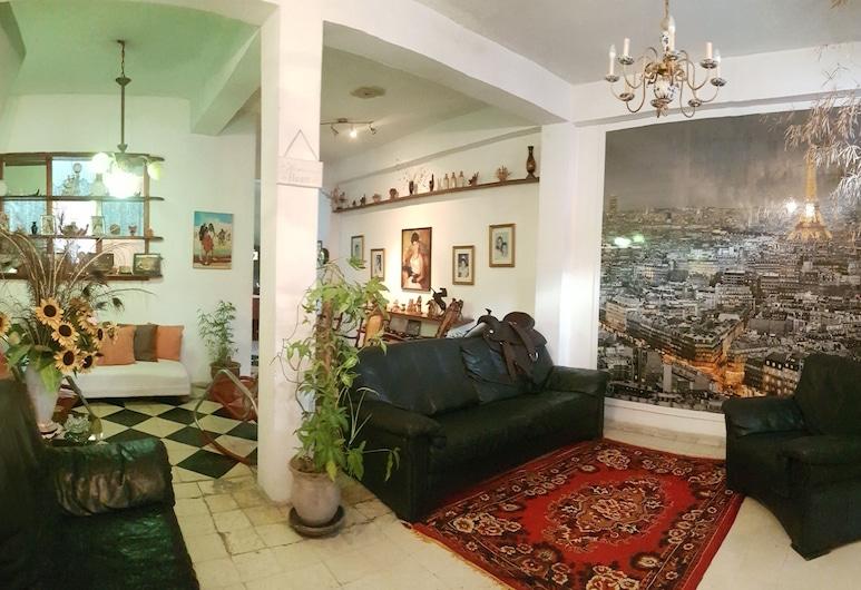 阿斯特尔青年旅舍, 圣地亚哥-德古巴