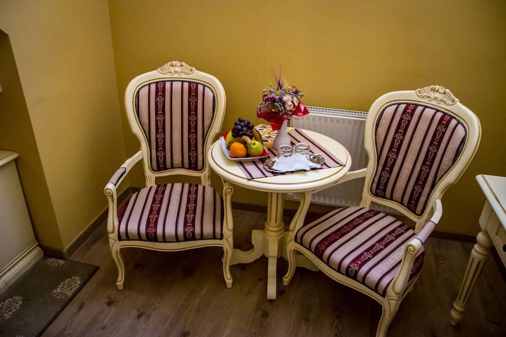 Habitación con 2 camas individuales, para no fumadores - Sala de estar