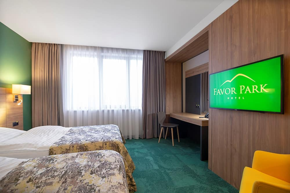 Superior Double or Twin Room - Living Room