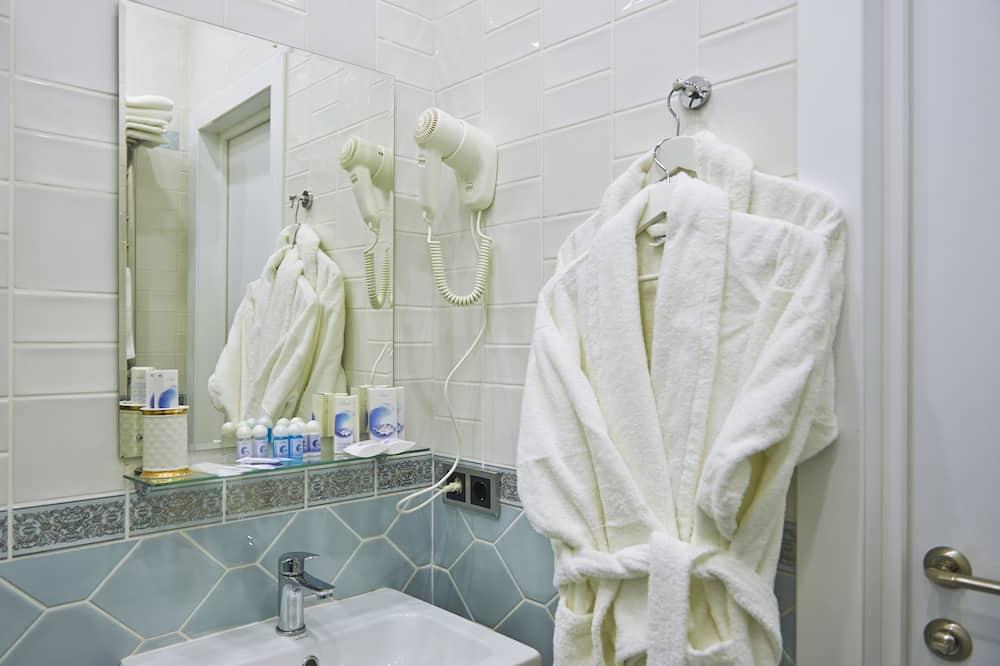 Superior Apart Daire, Birden Çok Yatak, Sigara İçilmez - Banyo