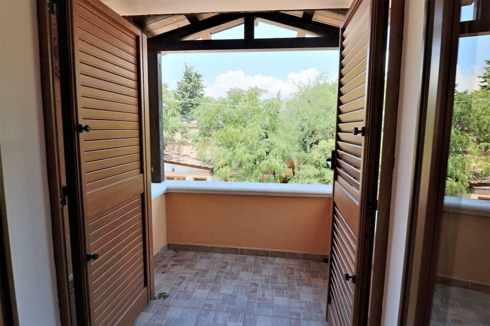 Rumah, Beberapa Tempat Tidur (Donna Lucia) - Balkon
