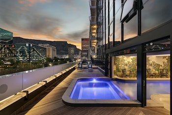 Picture of The Onyx Apartment Hotel in Cape Town